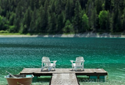 relax-dock-chairs-lake.jpg