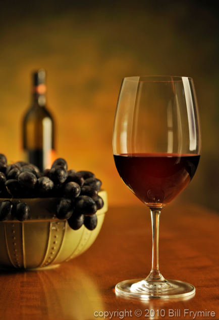 drink-glass-red-wine-grapes