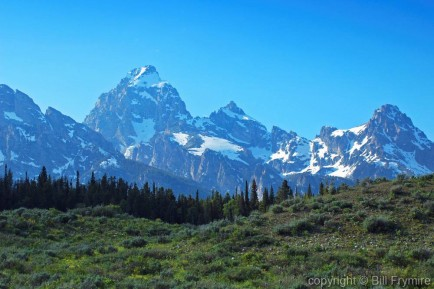 cloudless sky in wyoming with grand teton range view